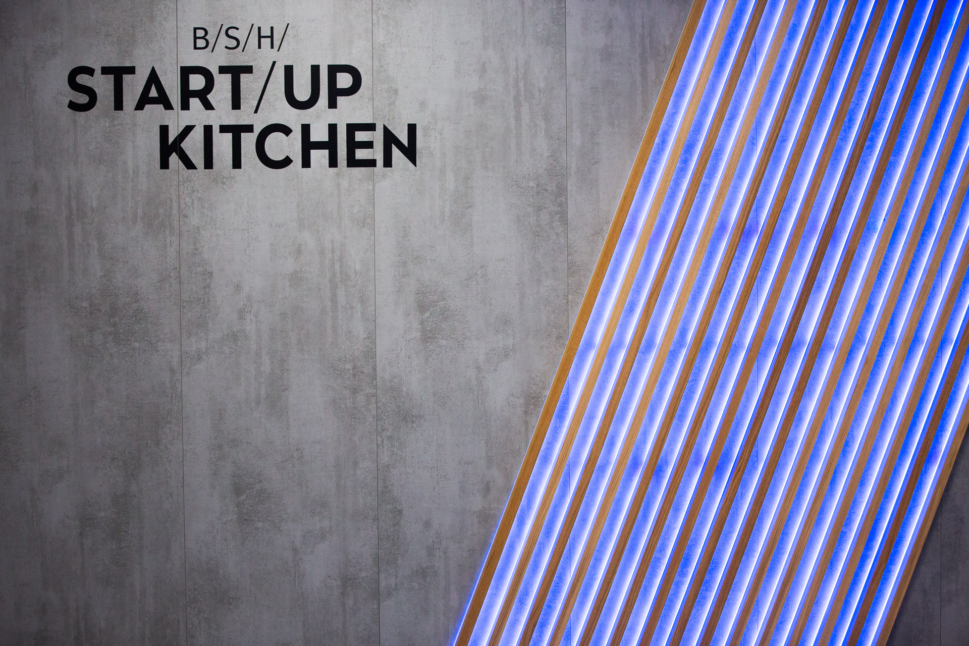 BSH Startup Kitchen Wall Frontview